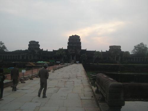 Angkor_wat_gate